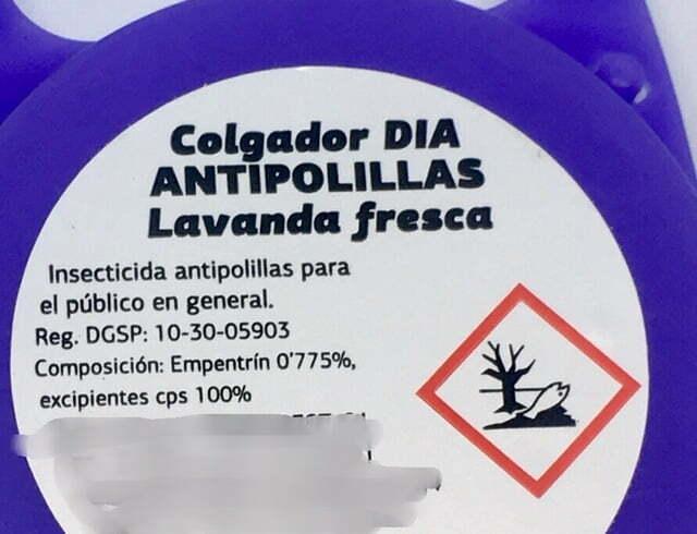 Etiqueta de colgador antipolillas